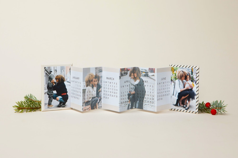 Whcc Accordion mini book holiday family calendar