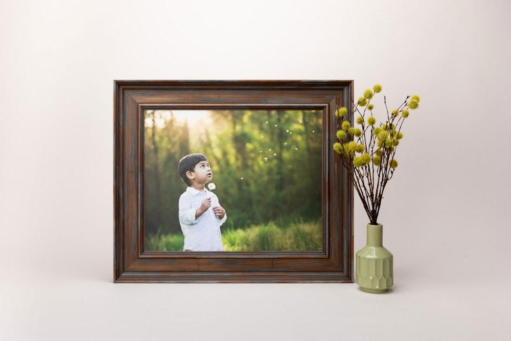 Framed Portrait Canvas print