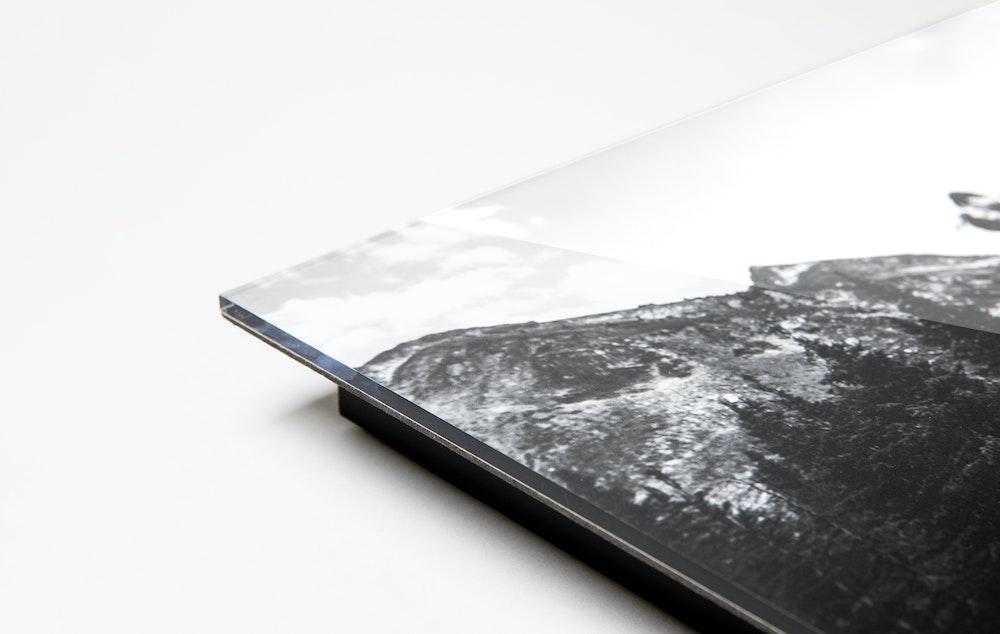 Acrylic Print corner detail