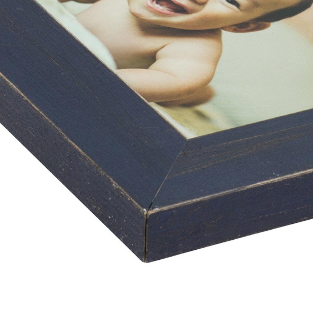 Framed Print Navy Distressed moulding corner detail